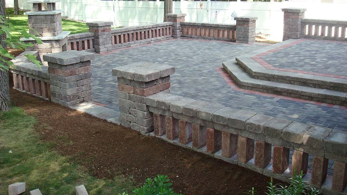 Custom Patio with Border in Green Bay and Door County