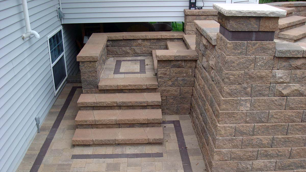 Stone Landscaping Step Systems in Green Bay and Door County